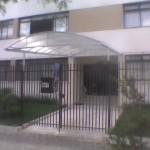 14_369_toldo_em policarbonato entrada de edifício