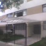 14_370_toldo_em policarbonato entrada de edifício
