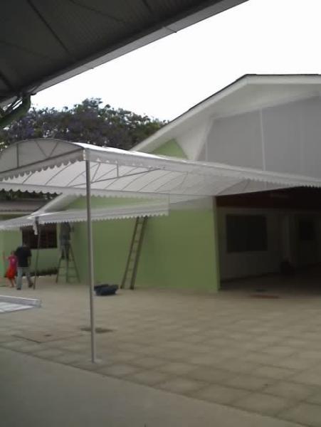 Toldos e coberturas em lona em curitiba wjc toldos for Perfiles para toldos lonas